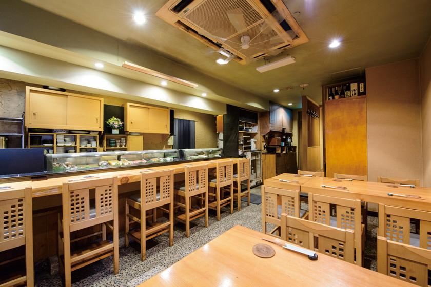 蒲田 寿し徳 テーブル、座席、個室あり
